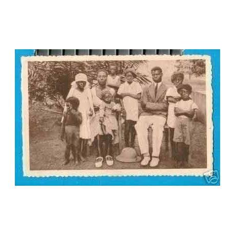 CAMEROUN - UNE FAMILLE CHRETIENNE