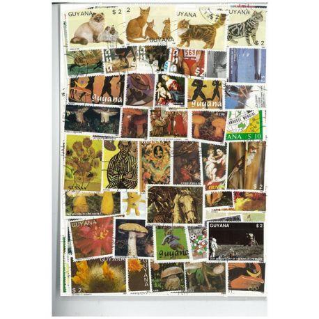 Guyane Francaise - 50 verschiedene Briefmarken