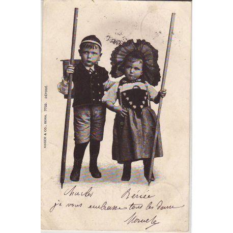 Deux jeunes montagnards Suisses