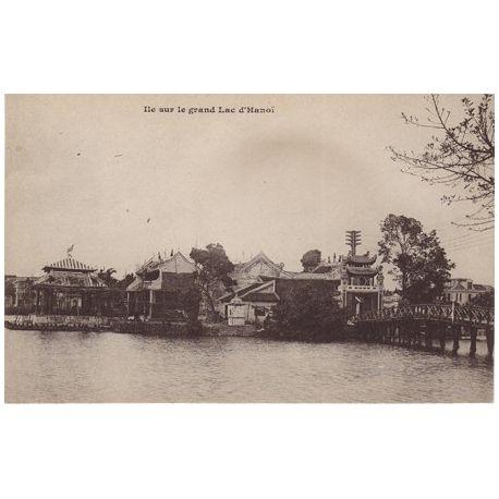 Indochine - Hanoi - ile sur le grand lac