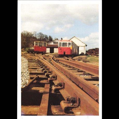 1 - Etape du 17eme tour de bretagne des vehicules anciens le 18 mai 1997 au musee du petit train des cotes du nord a Bou