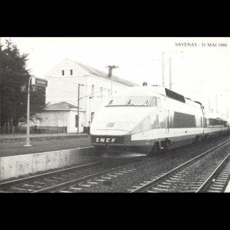44 - Savenay - 31 mai 1986 - Inauguration de la ligne electrique Nates-Le Croisic - Passage de la rame TGV en gare de Sa