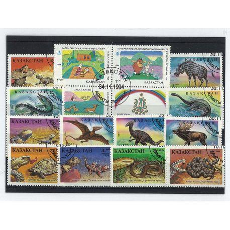 Kasachstan - 15 verschiedene Briefmarken