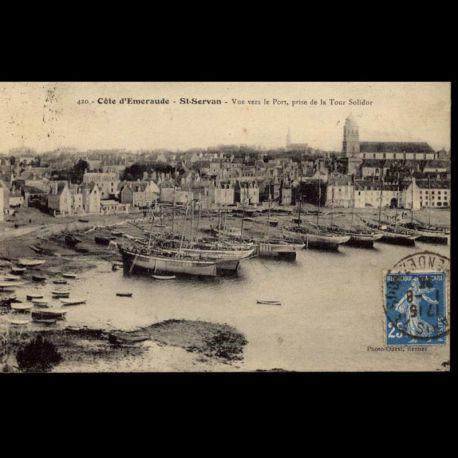 35 - Saint-Servan - Vue vers le port prise de la tour Solidor
