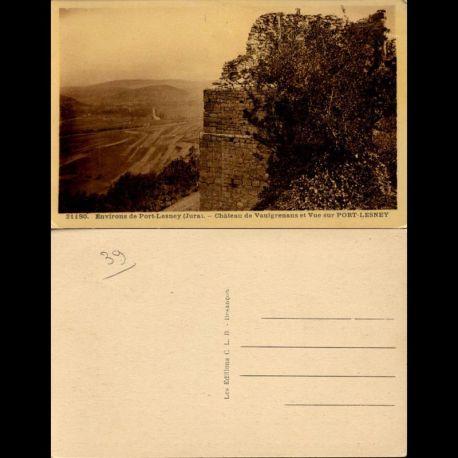 Carte postale 39 - Environs de Port Lesney - Chateau de Vaulgrenans et vue sur Port Lesney