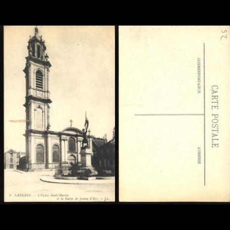 Carte postale 52 - Langres - L'Eglise Saint Martin et la statue de Jeanne d'Arc