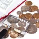 1 chilo di monete del mondo intero da separare