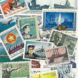 Collezione di francobolli barche di guerra cancellate