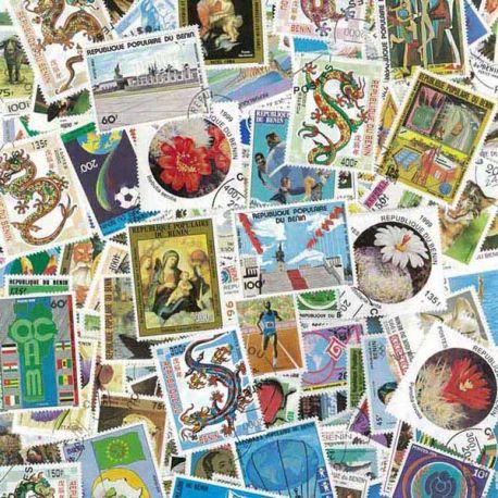 Benin - 200 verschiedene Briefmarken
