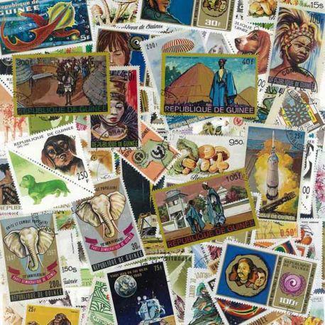 Französisch Guinea - 100 verschiedene Briefmarken