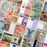 Belle collection de billets de banque du monde tous différents.