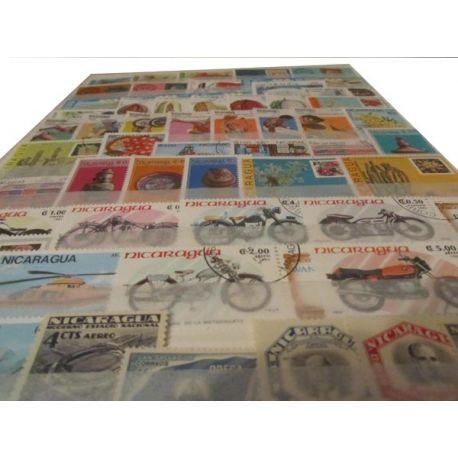 Collection en classeur de timbres du Nicaragua