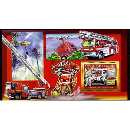 Timbres Pompiers Guinée bloc N° 455 neuf sans charnière
