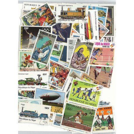 Niger - 50 verschiedene Briefmarken