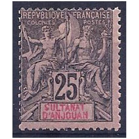 Timbre Anjouan N° 8 neuf avec charnière