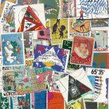 Sammlung gestempelter Briefmarken die Niederlande Steuerzuschlag
