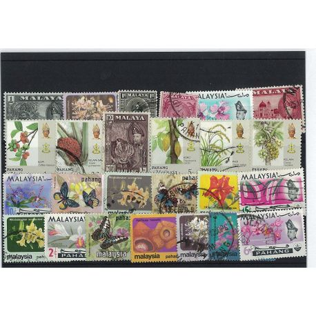 Pahang - 10 verschiedene Briefmarken