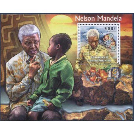 Collection Timbres Hommes Celebres Bloc timbre Centrafrique - Nelson Mandela et Diamant à partir de 15,00 €