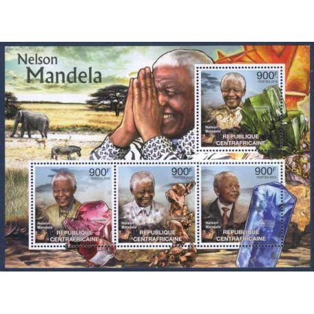 Collection Timbres Hommes Celebres Bloc de 4 timbres Centrafrique - Nelson Mandela et Minéraux à partir de 12,50 €