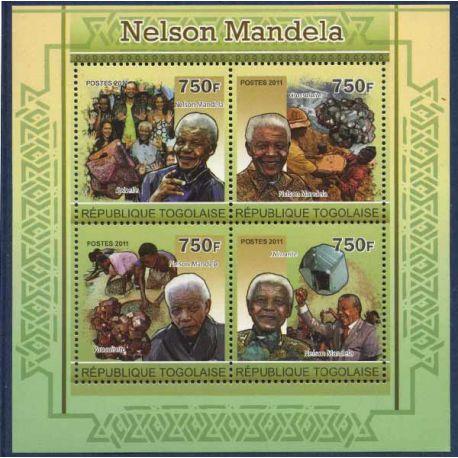Bloc de 4 timbres Togo - Nelson Mandela et Minéraux