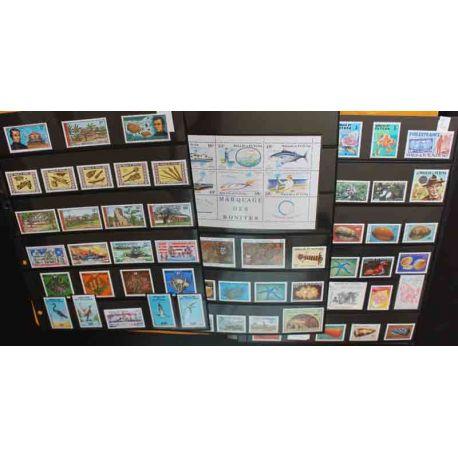 Collection de timbres de Wallis et Futuna 1977 à 2001