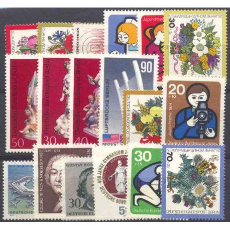 Allemagne Berlin Année 1974 Complète timbres neufs