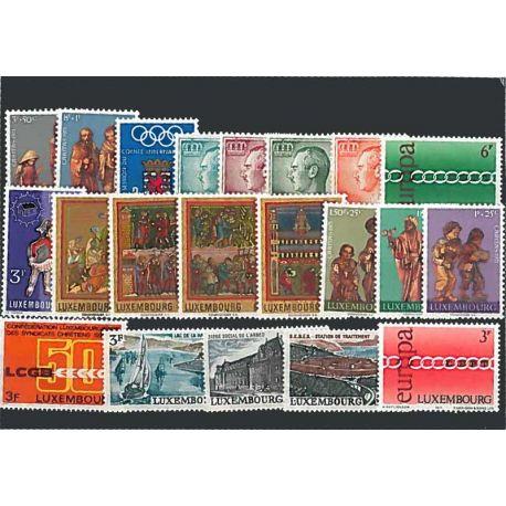 Año completo Sellos nuevos sin charnela 1971 de Luxemburgo