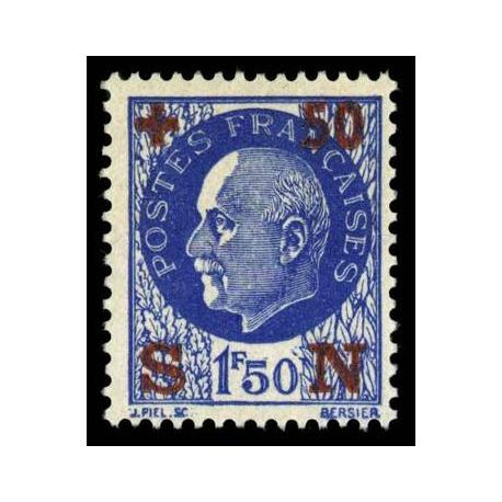 Timbre France N° 552 neuf avec charnière