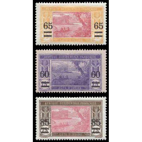 Francobollo collezione Costa d'Avorio N° Yvert e Tellier 59/61 nove con cerniera