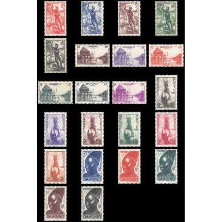 Francobollo collezione Dahomey N° Yvert e Tellier 120/141 nove senza cerniera
