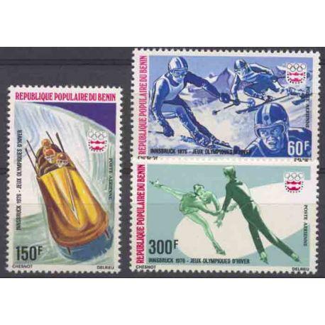Francobollo collezione Benin N° Yvert e Tellier PA 248/250 nove senza cerniera