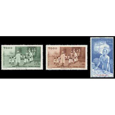Francobollo collezione Togo N° Yvert e Tellier PA 6/8 nove senza cerniera