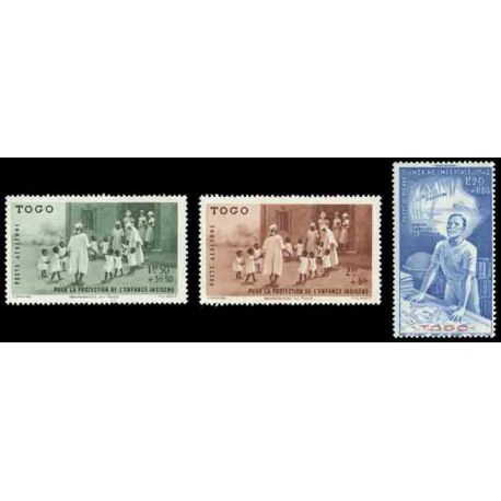 Timbre collection Togo N° Yvert et Tellier PA 6/8 Neuf sans charnière