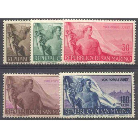 Sello colección San Marino N° Yvert y Tellier 314/318 Nueve sin bisagra