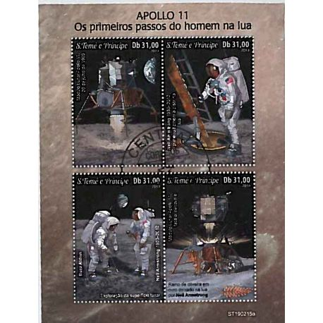 Bloc de 4 timbres Premier pas sur la Lune