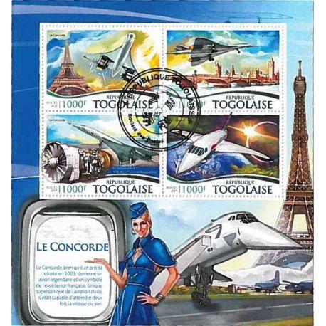 Timbres thèmatiques Togo Avions et Tour Eiffel Oblitérés